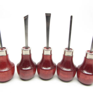 Five-piece set of mini wood carving tools from UJ Ramelson