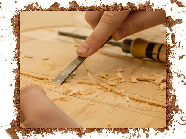 An image of wood carving tools with a sharpened cutting edge.